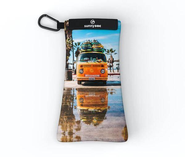 Happy Camper Sunnysoc | Sonnenbrillen Schutz und Putztuch mit Style